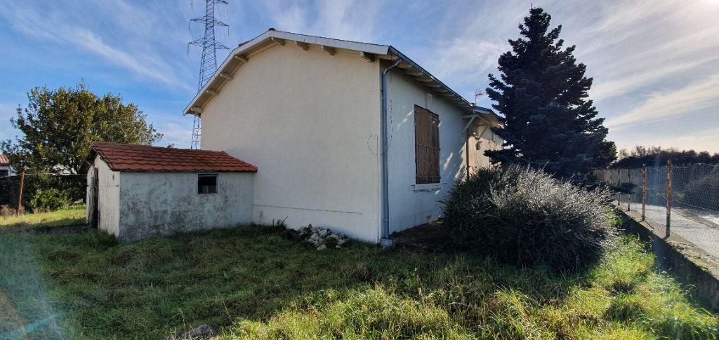 Maison à vendre 4 95m2 à Lagord vignette-4