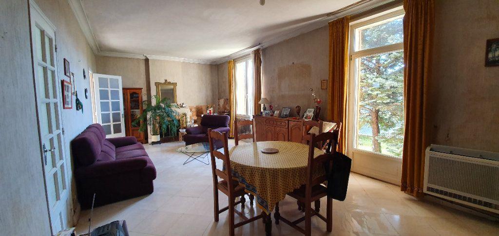 Maison à vendre 4 95m2 à Lagord vignette-6