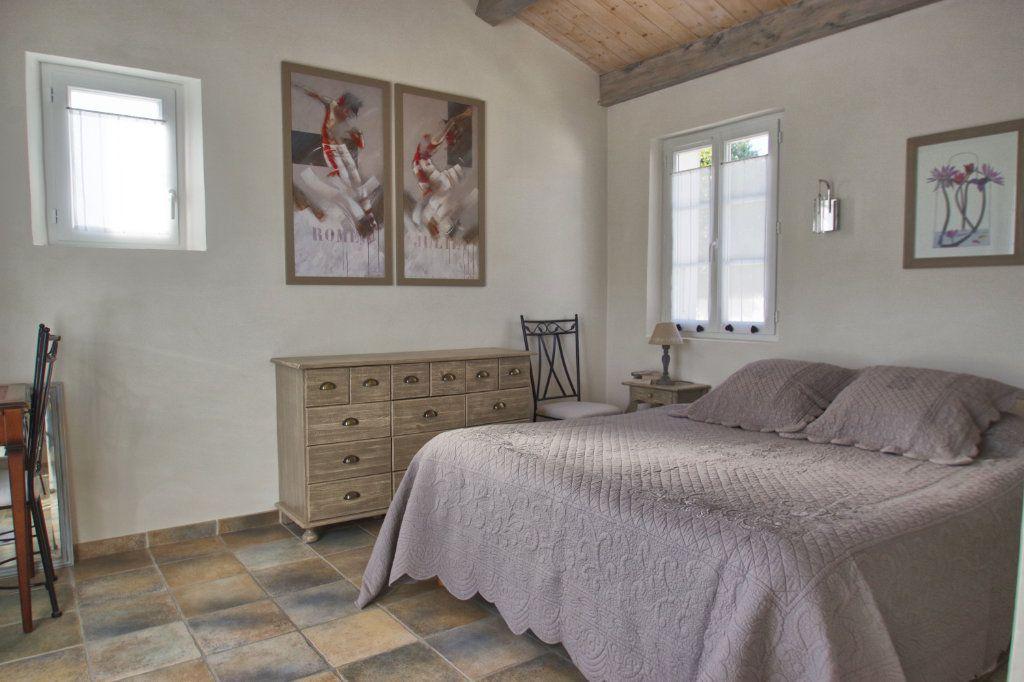 Maison à vendre 6 150m2 à Sainte-Marie-de-Ré vignette-9
