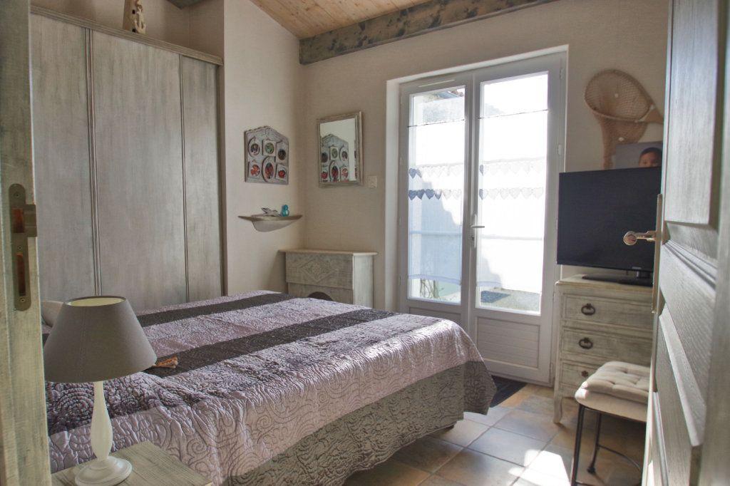 Maison à vendre 6 150m2 à Sainte-Marie-de-Ré vignette-11