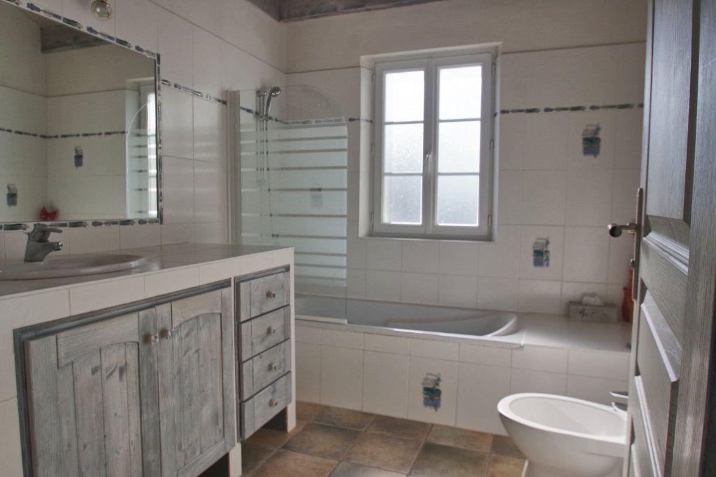 Maison à vendre 6 150m2 à Sainte-Marie-de-Ré vignette-12