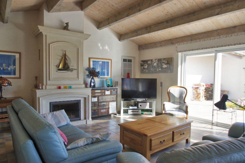 Maison à vendre 6 150m2 à Sainte-Marie-de-Ré vignette-13