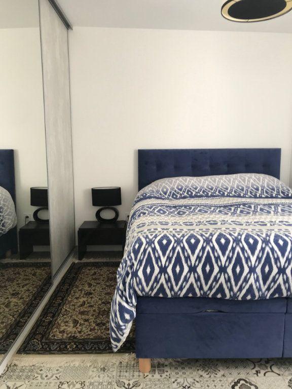 Appartement à vendre 2 50.3m2 à La Rochelle vignette-6
