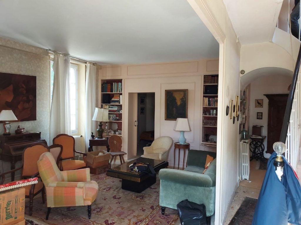 Maison à vendre 8 183m2 à La Rochelle vignette-4