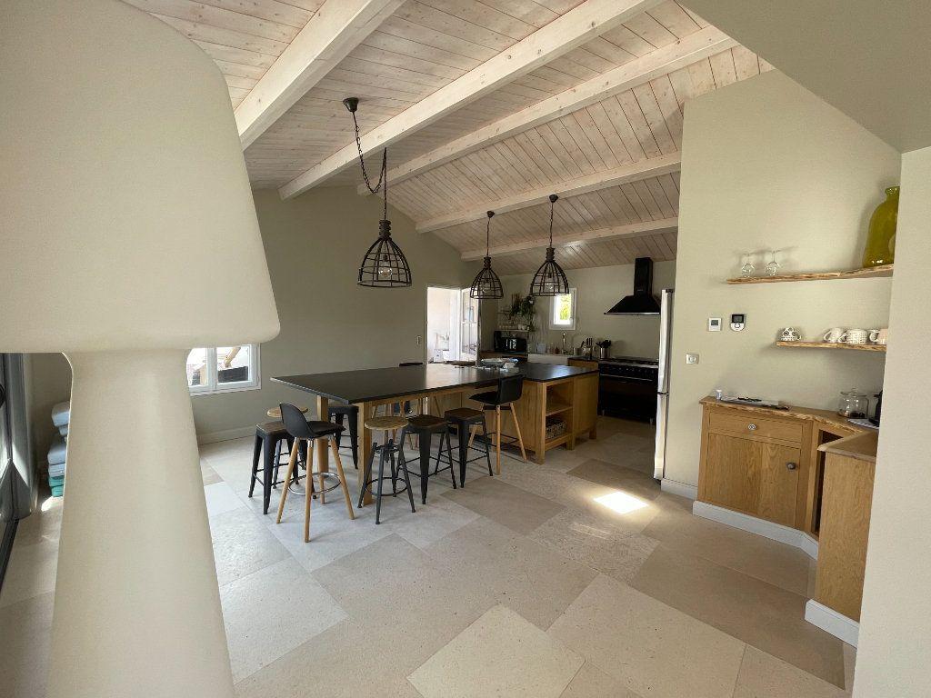 Maison à vendre 6 220m2 à Sainte-Marie-de-Ré vignette-6