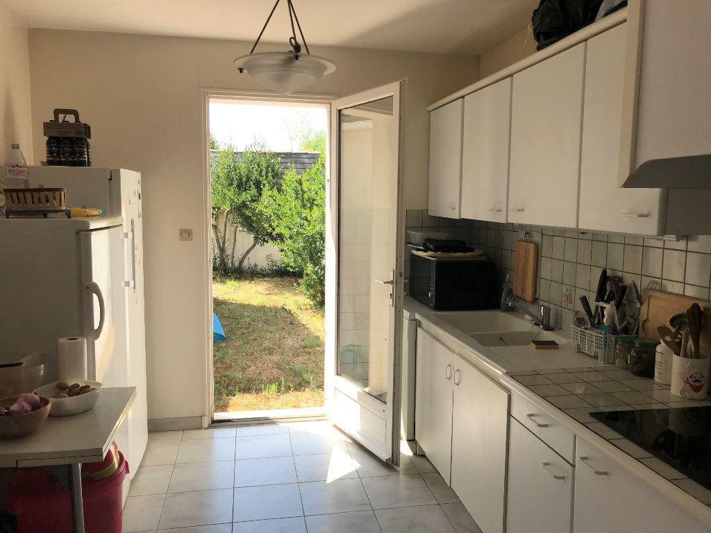 Maison à vendre 5 116m2 à Le Bois-Plage-en-Ré vignette-5