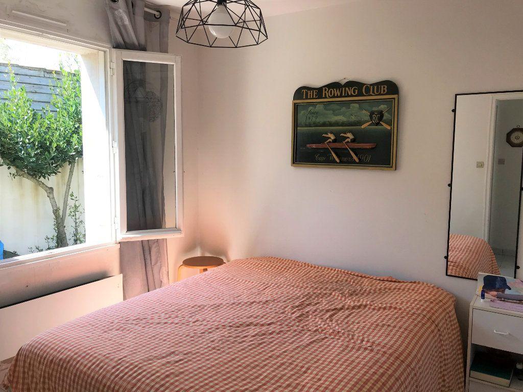 Maison à vendre 5 116m2 à Le Bois-Plage-en-Ré vignette-6