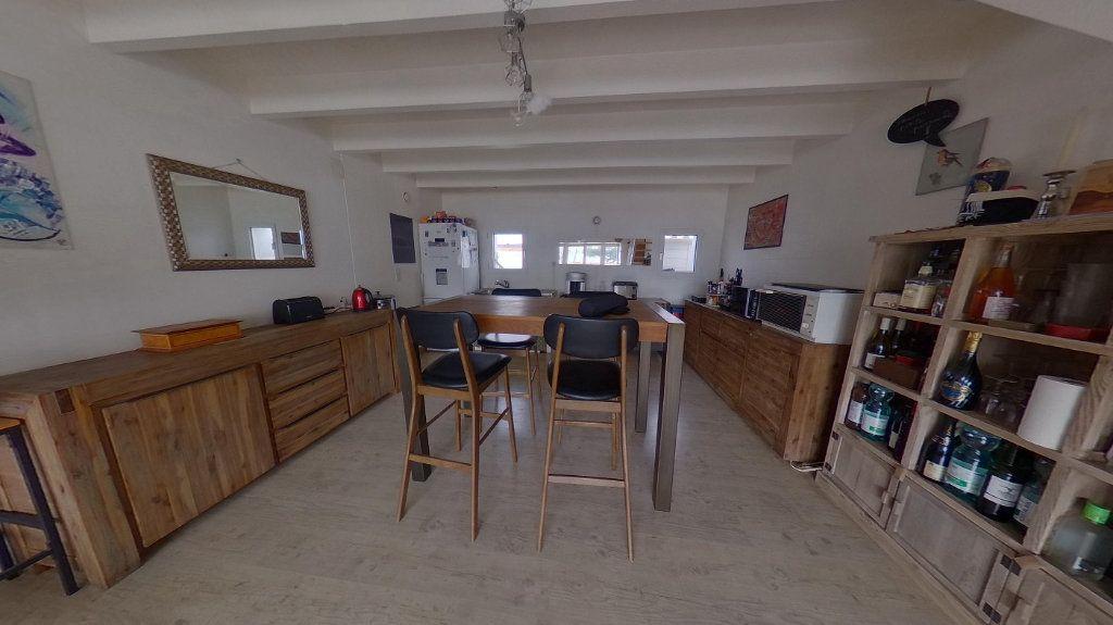 Maison à vendre 3 72m2 à Rivedoux-Plage vignette-3