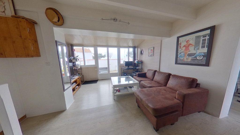 Maison à vendre 3 72m2 à Rivedoux-Plage vignette-4