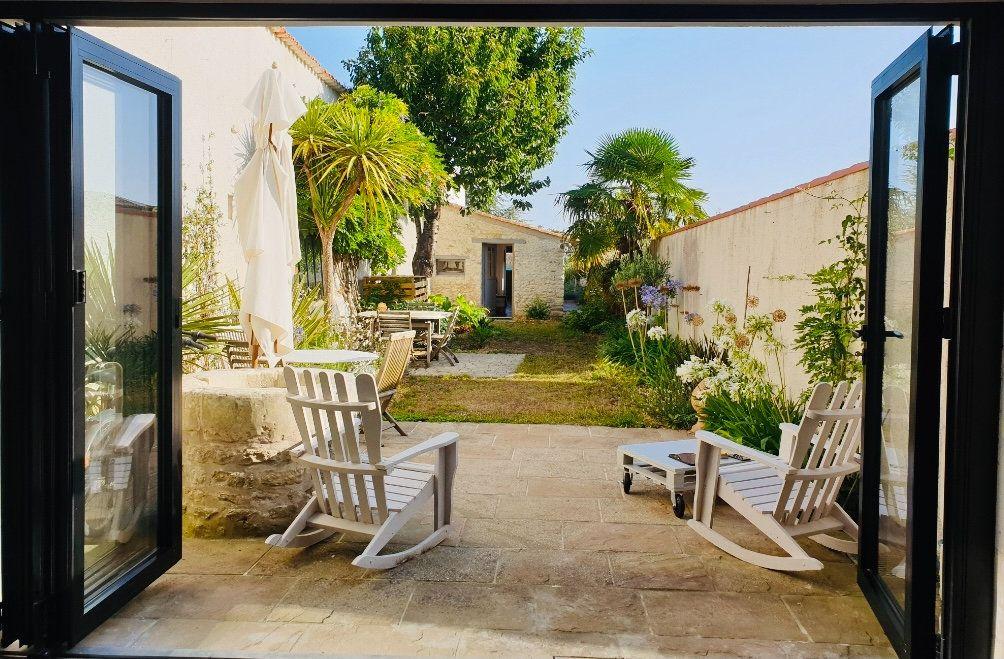 Maison à vendre 6 158m2 à Saint-Martin-de-Ré vignette-1