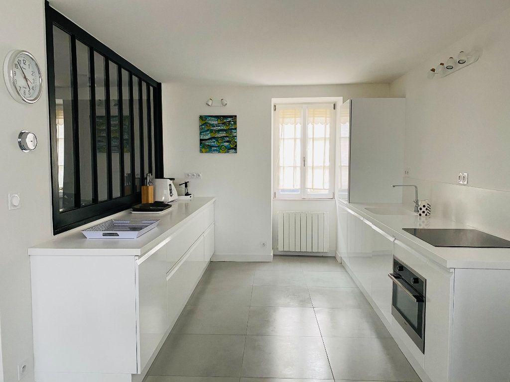 Maison à vendre 6 158m2 à Saint-Martin-de-Ré vignette-4