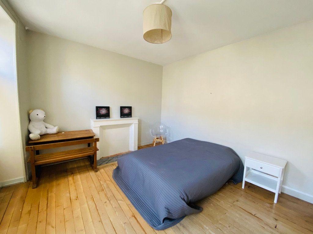 Appartement à vendre 5 92.76m2 à Saint-Martin-de-Ré vignette-3