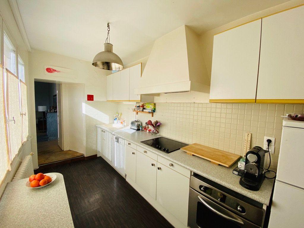 Appartement à vendre 5 92.76m2 à Saint-Martin-de-Ré vignette-6