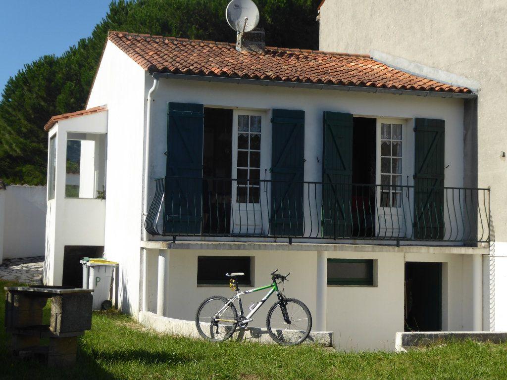 Maison à vendre 2 41m2 à Le Bois-Plage-en-Ré vignette-2