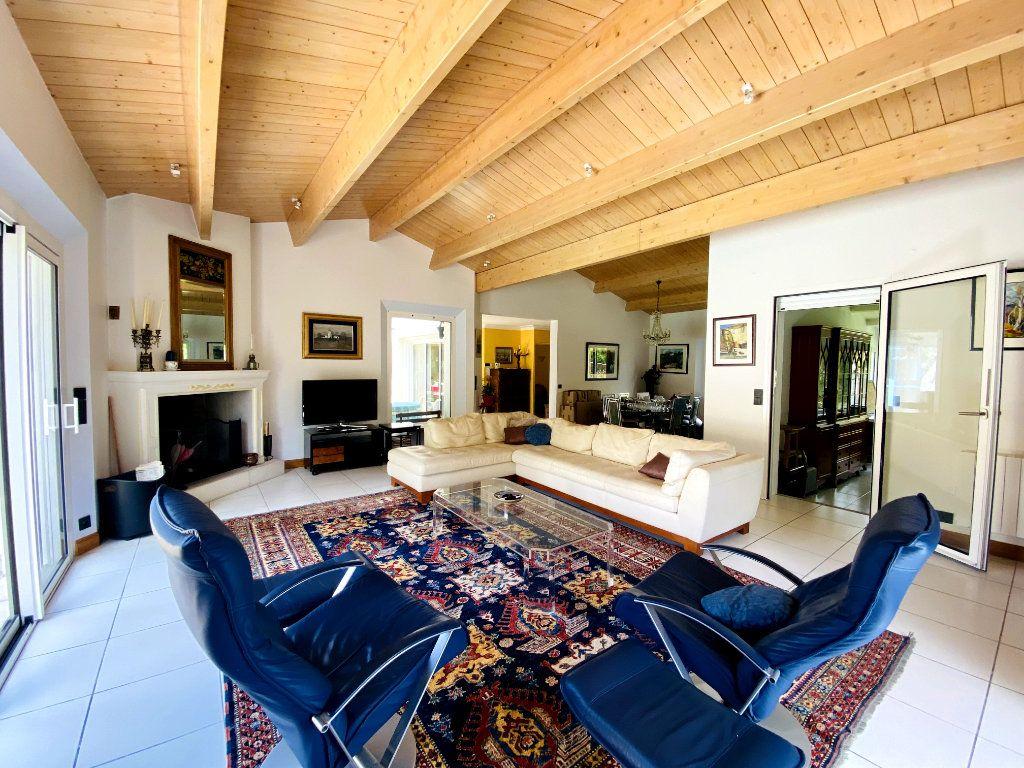 Maison à vendre 8 273m2 à Rivedoux-Plage vignette-4