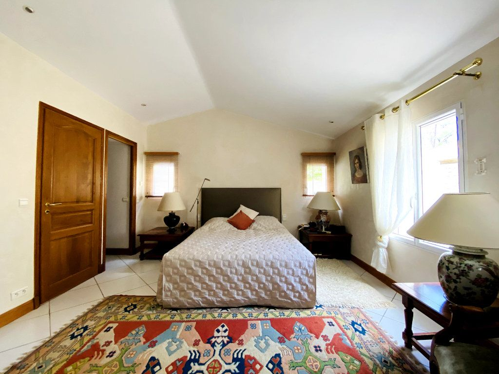 Maison à vendre 8 273m2 à Rivedoux-Plage vignette-6