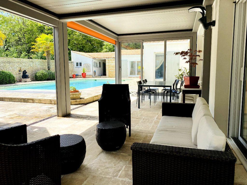 Maison à vendre 8 273m2 à Rivedoux-Plage vignette-13