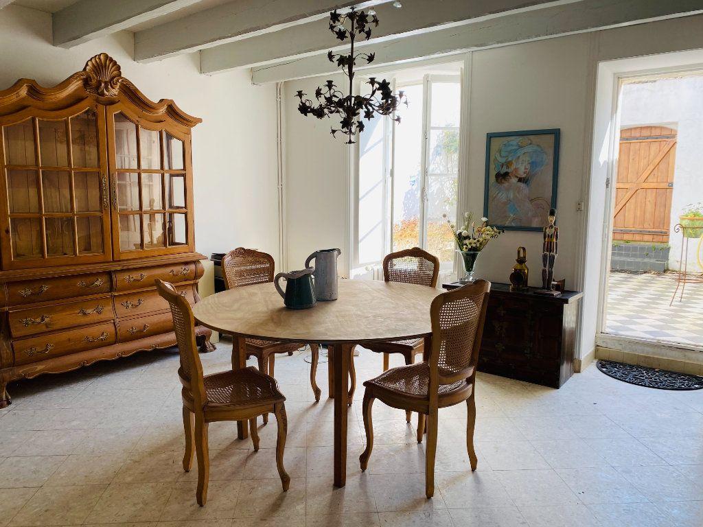 Maison à vendre 5 155m2 à Saint-Martin-de-Ré vignette-5