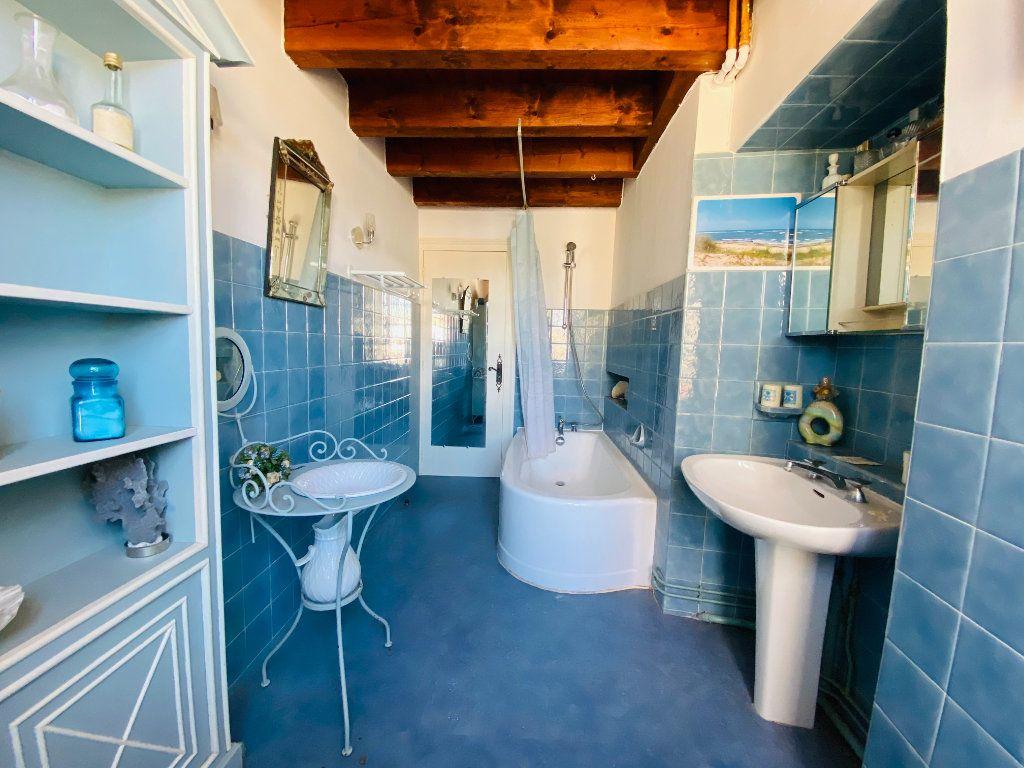 Maison à vendre 5 155m2 à Saint-Martin-de-Ré vignette-8