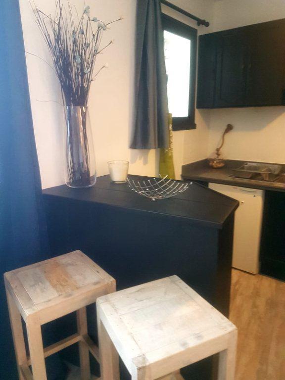 Appartement à vendre 1 30m2 à Saint-Martin-de-Ré vignette-4