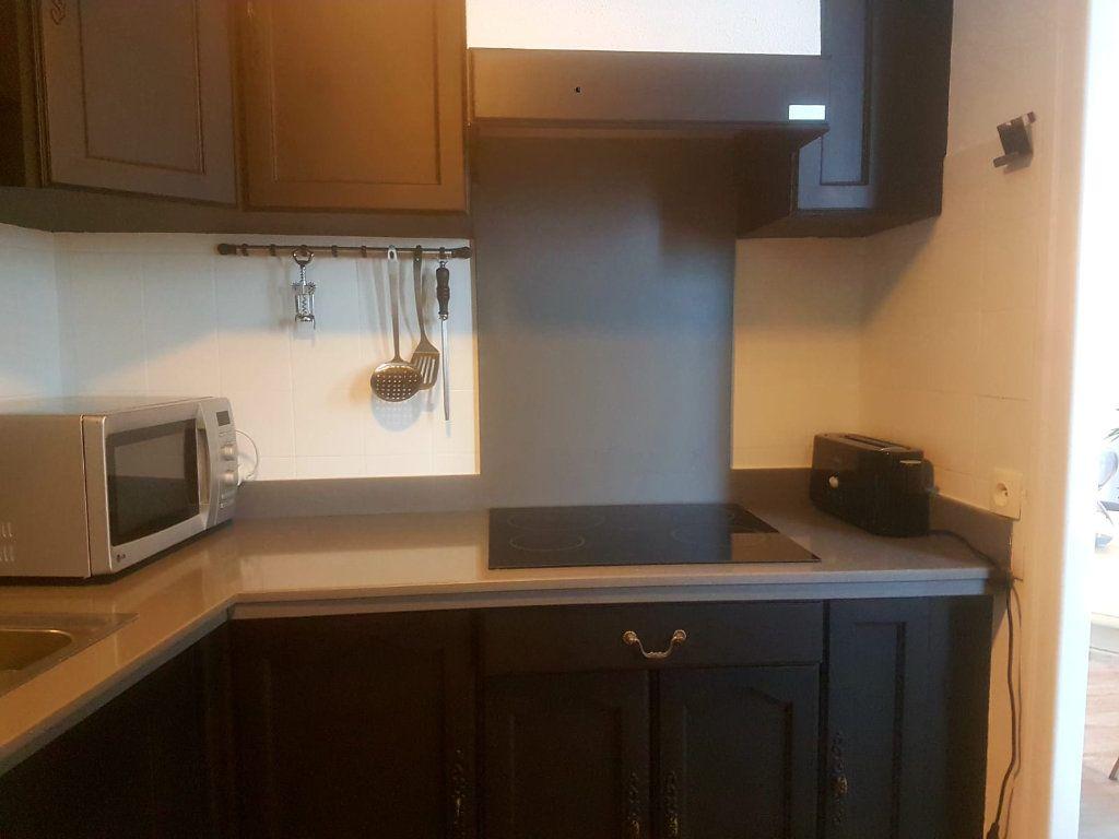 Appartement à vendre 1 30m2 à Saint-Martin-de-Ré vignette-5