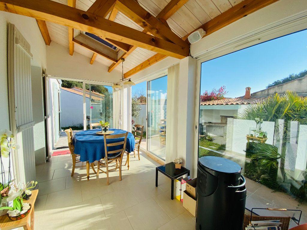 Maison à vendre 5 83.14m2 à Rivedoux-Plage vignette-6
