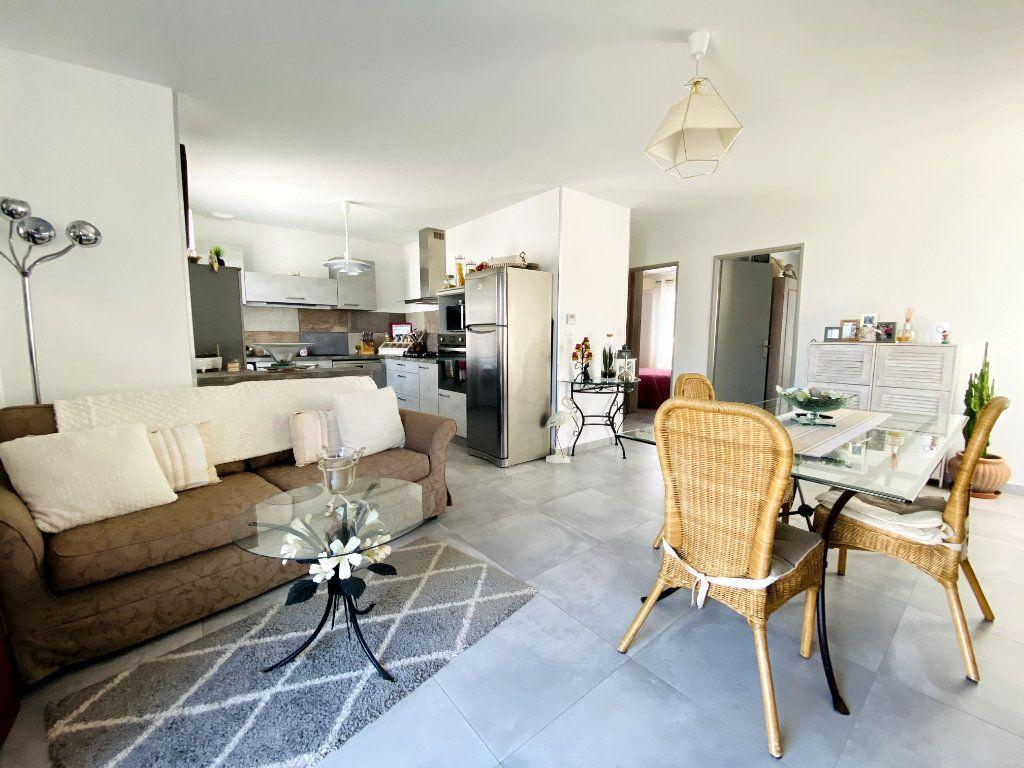 Maison à vendre 7 176m2 à Sainte-Marie-de-Ré vignette-8