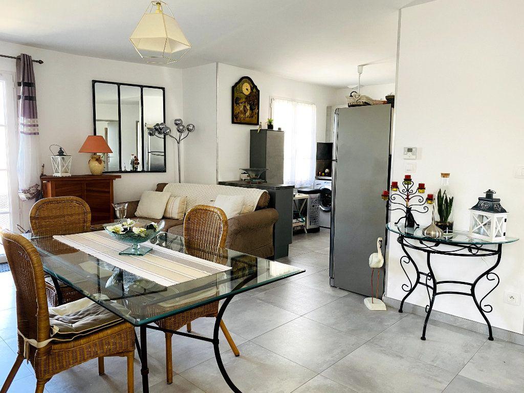 Maison à vendre 7 176m2 à Sainte-Marie-de-Ré vignette-9