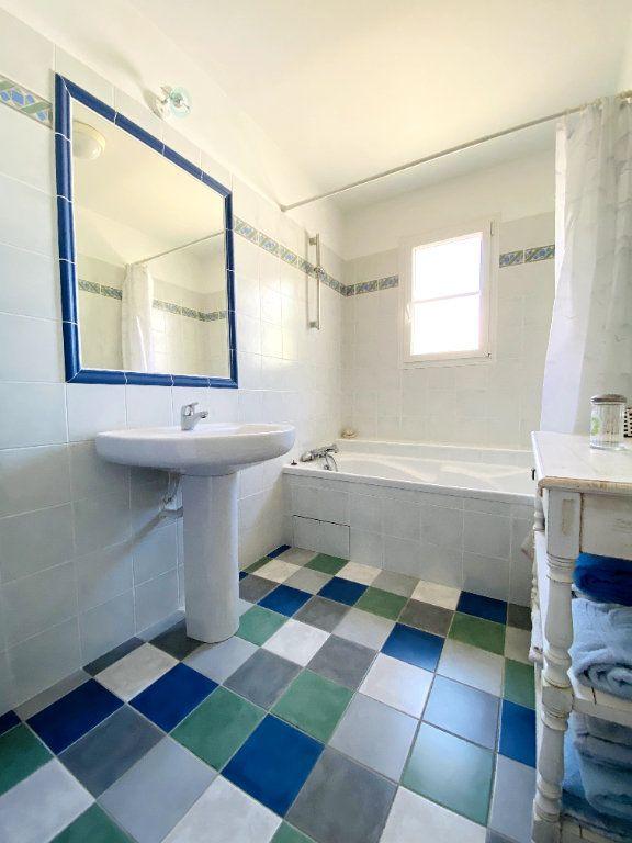 Maison à vendre 6 160m2 à Sainte-Marie-de-Ré vignette-8