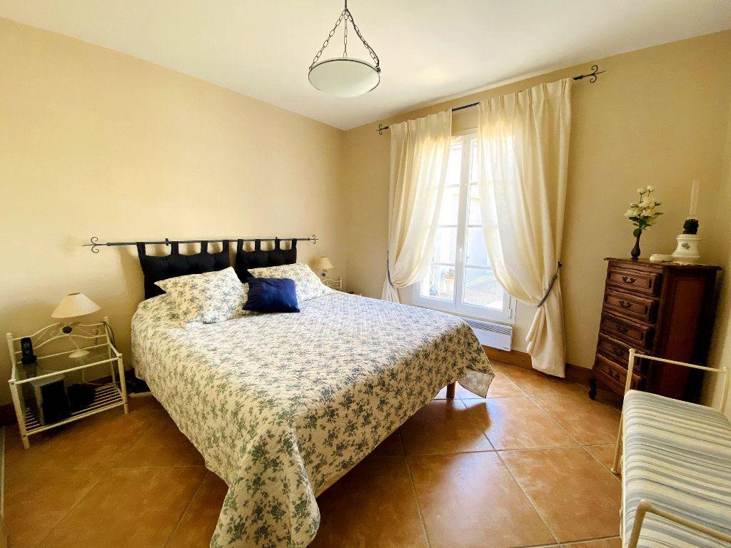 Maison à vendre 6 160m2 à Sainte-Marie-de-Ré vignette-9