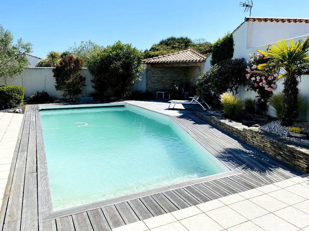 Maison à vendre 6 160m2 à Sainte-Marie-de-Ré vignette-14