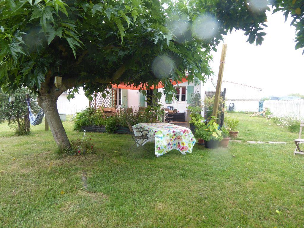 Maison à vendre 3 80m2 à La Couarde-sur-Mer vignette-5