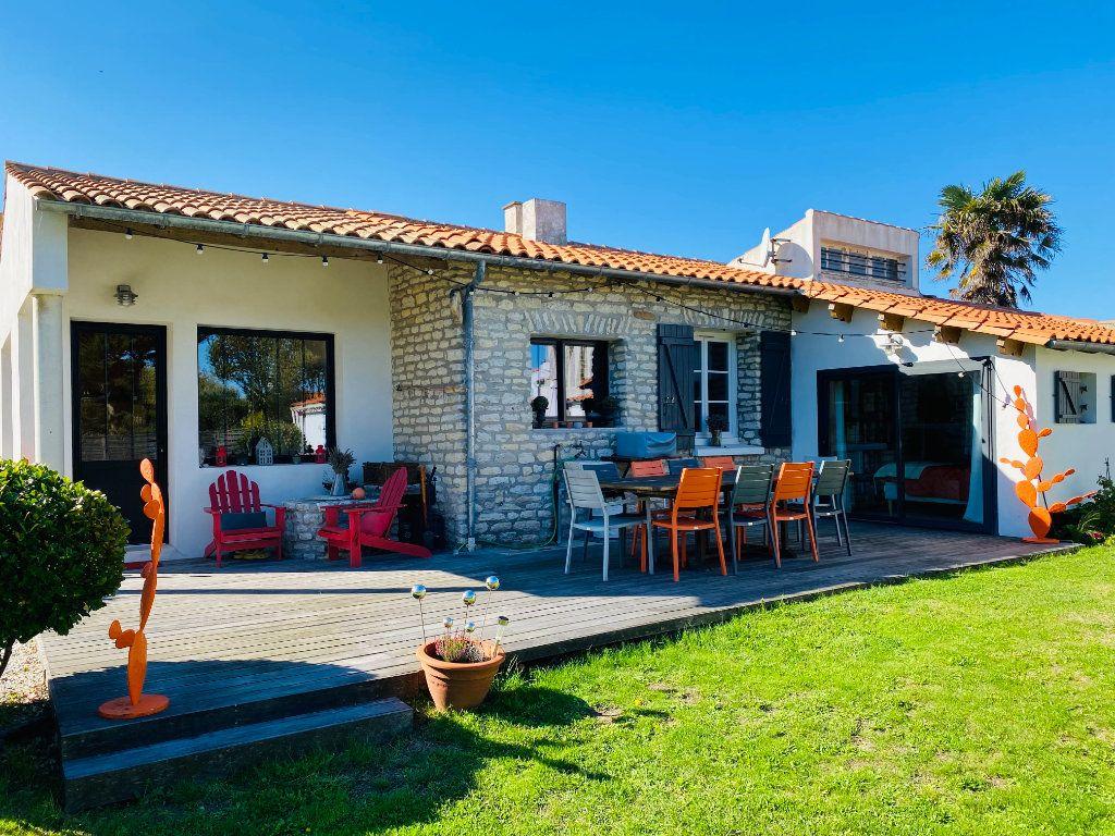 Maison à vendre 5 102m2 à Saint-Clément-des-Baleines vignette-1