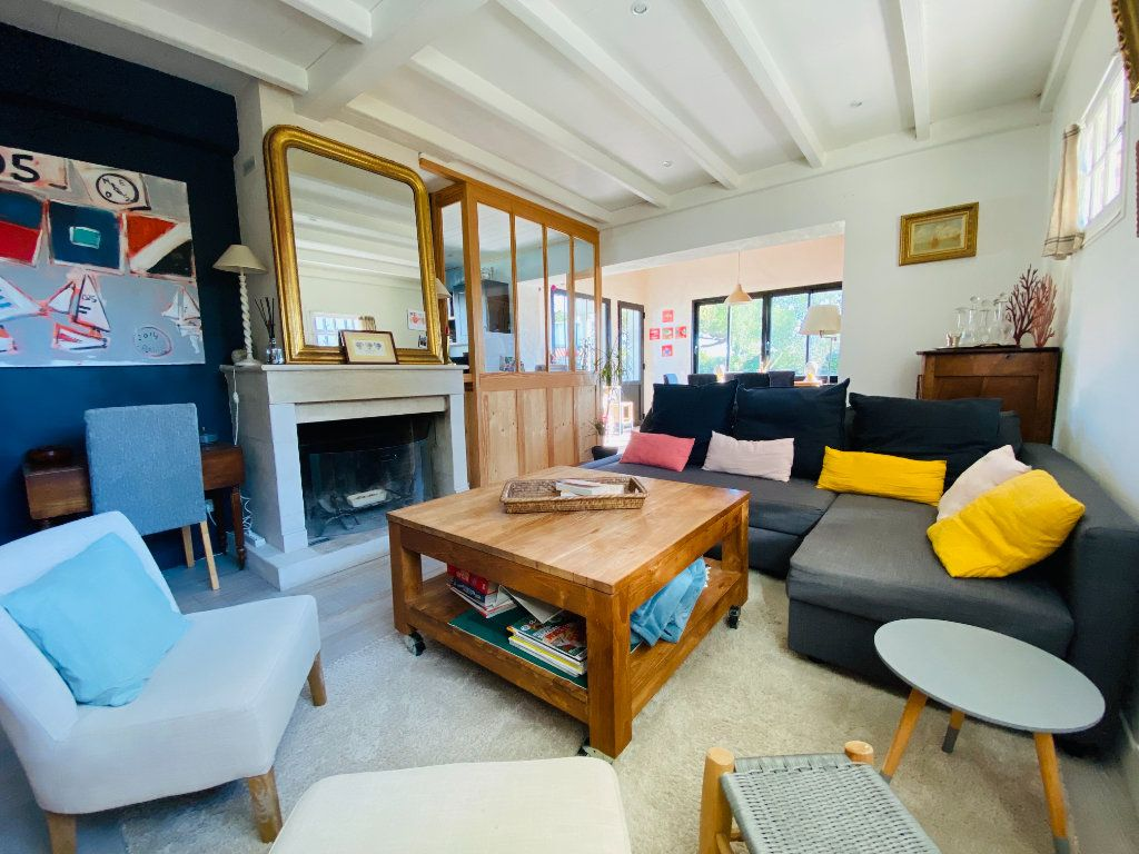 Maison à vendre 5 102m2 à Saint-Clément-des-Baleines vignette-6