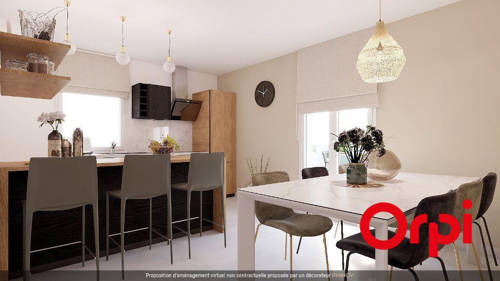 Appartement à vendre 5 112m2 à Saint-Genis-Laval vignette-4