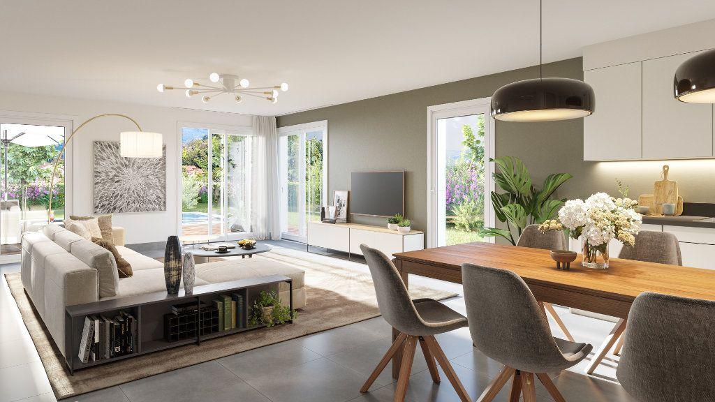 Maison à vendre 5 129.5m2 à Sainte-Foy-lès-Lyon vignette-1