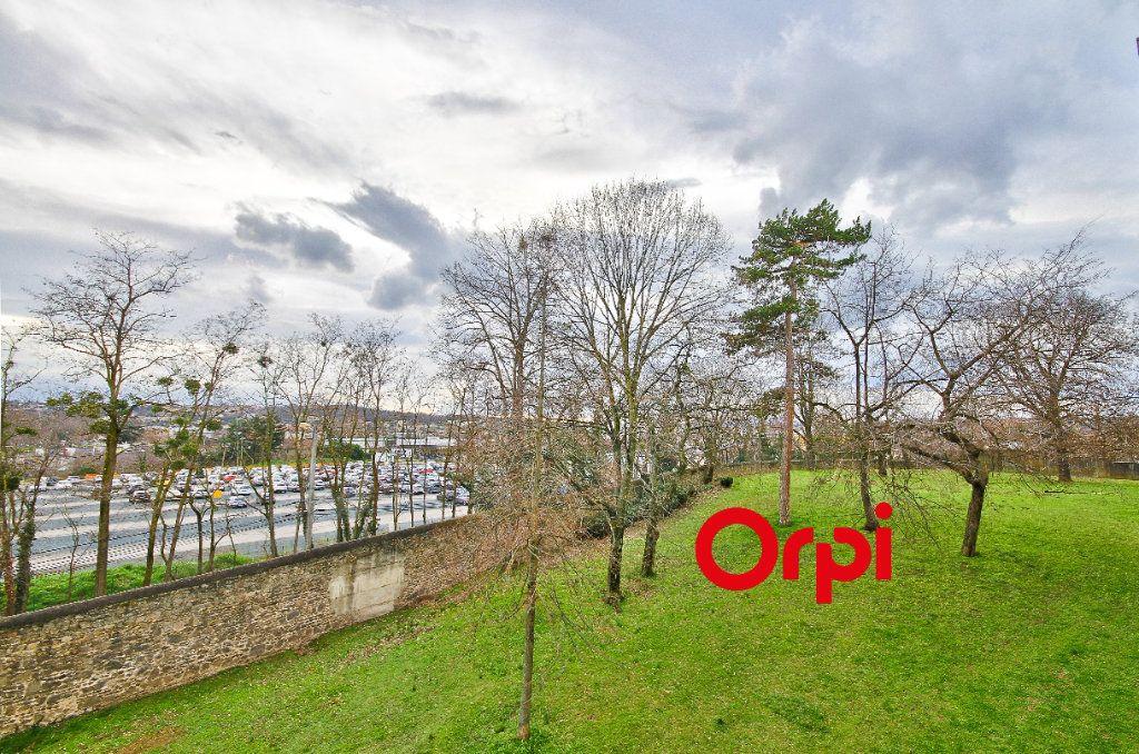 Appartement à vendre 3 68.31m2 à Pierre-Bénite vignette-11
