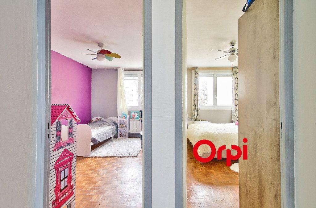 Appartement à vendre 4 83.51m2 à Pierre-Bénite vignette-7
