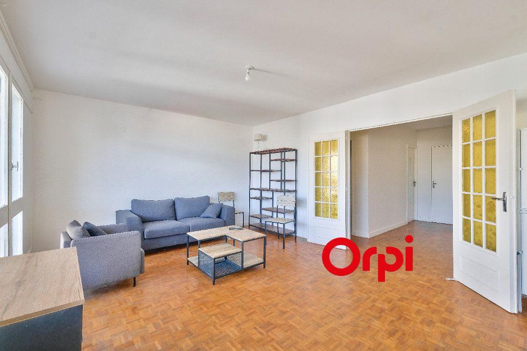 Appartement à vendre 4 86m2 à Pierre-Bénite vignette-3