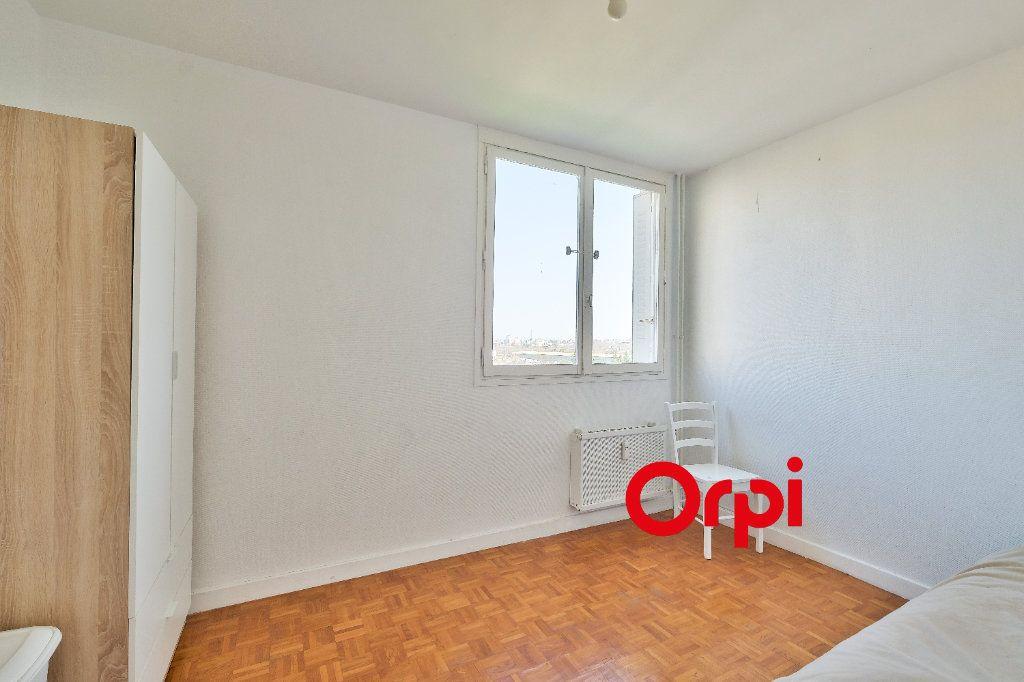 Appartement à vendre 4 86m2 à Pierre-Bénite vignette-8