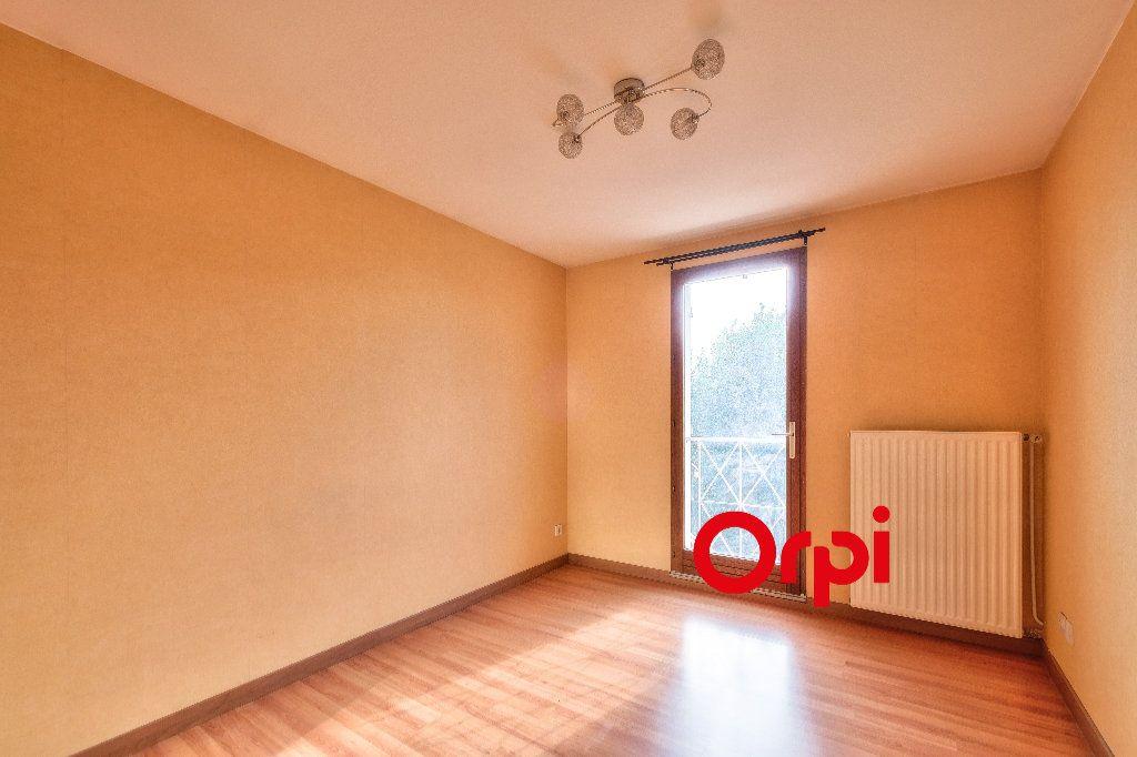 Appartement à vendre 3 63.44m2 à Pierre-Bénite vignette-9