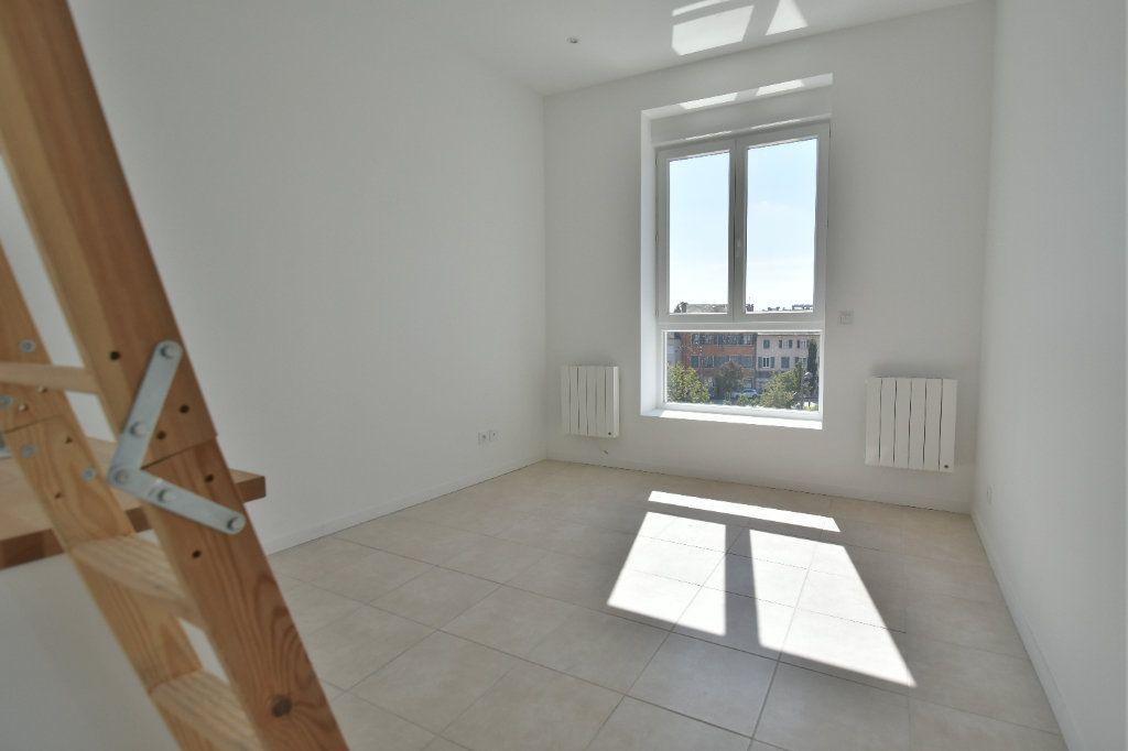 Appartement à louer 1 20.4m2 à Chaponost vignette-1
