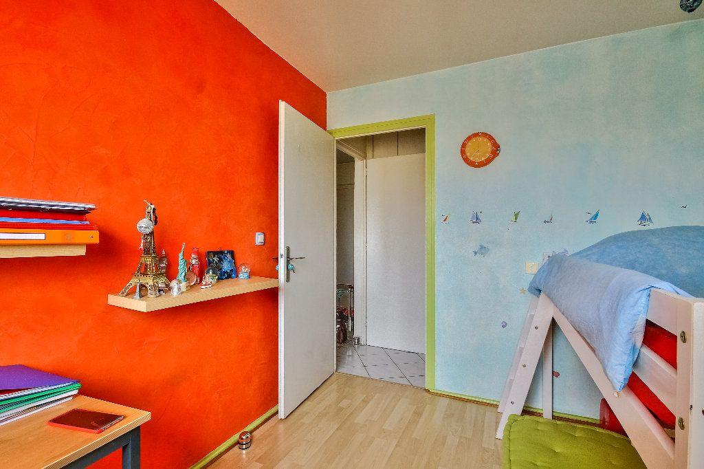 Appartement à vendre 4 77.02m2 à Caluire-et-Cuire vignette-5