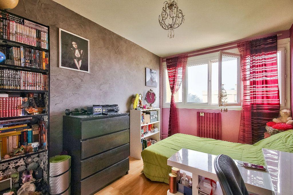 Appartement à vendre 4 77.02m2 à Caluire-et-Cuire vignette-6