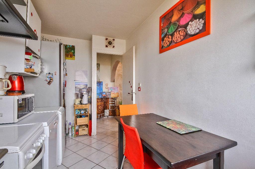 Appartement à vendre 4 77.02m2 à Caluire-et-Cuire vignette-10