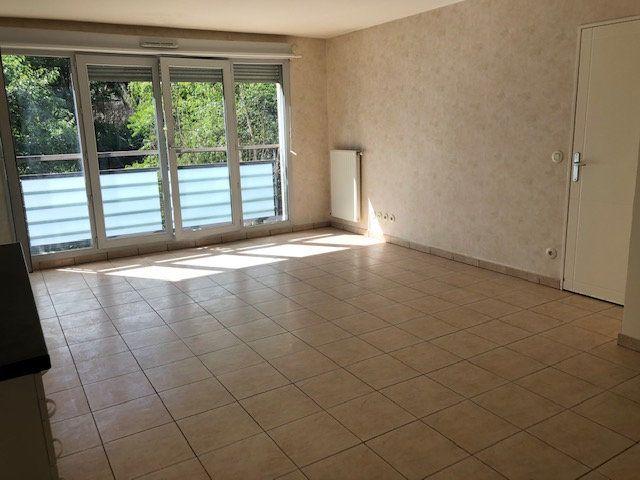 Appartement à vendre 3 64m2 à Caluire-et-Cuire vignette-4