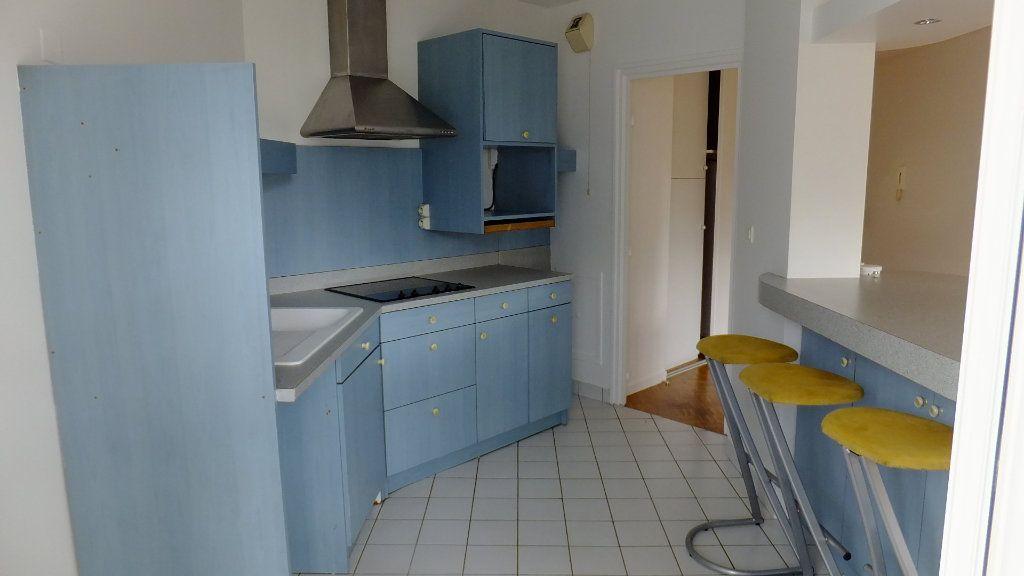 Appartement à vendre 3 73.25m2 à Caluire-et-Cuire vignette-6