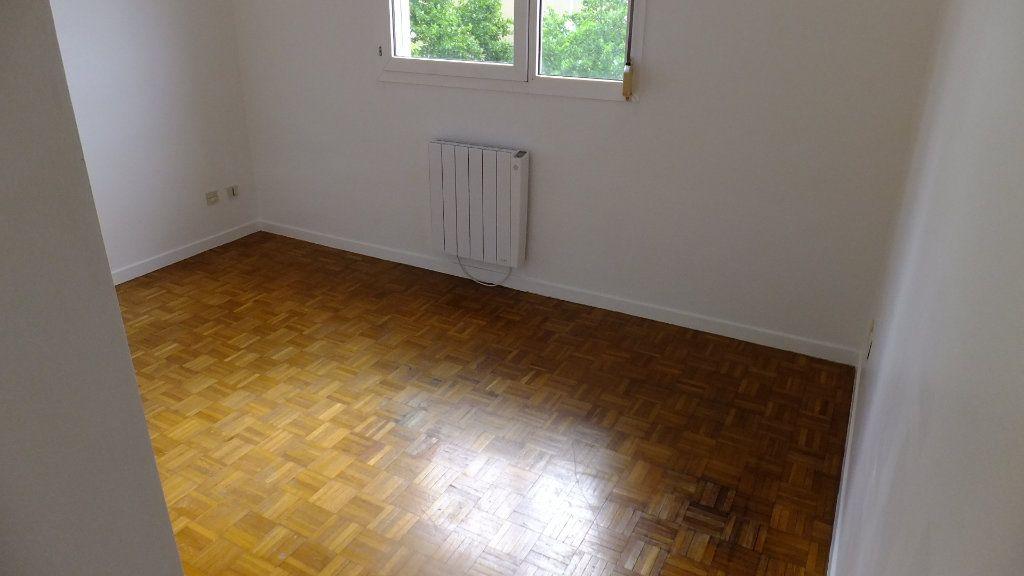 Appartement à vendre 3 73.25m2 à Caluire-et-Cuire vignette-9