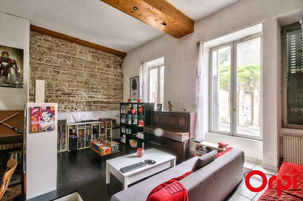 Appartement à vendre 3 76.03m2 à Caluire-et-Cuire vignette-2