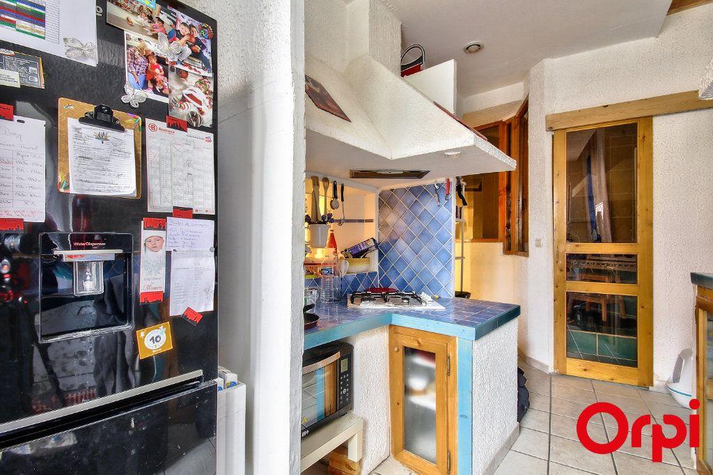 Appartement à vendre 3 76.03m2 à Caluire-et-Cuire vignette-9